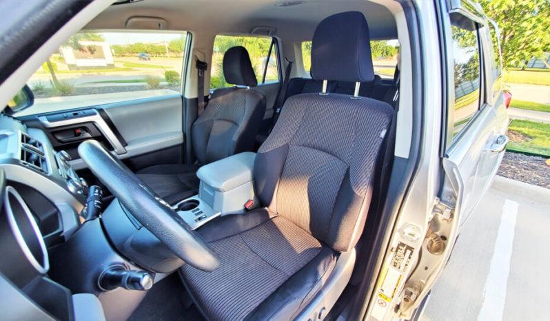 2011 Toyota 4Runner SR5 Sport Utility Vehicle full